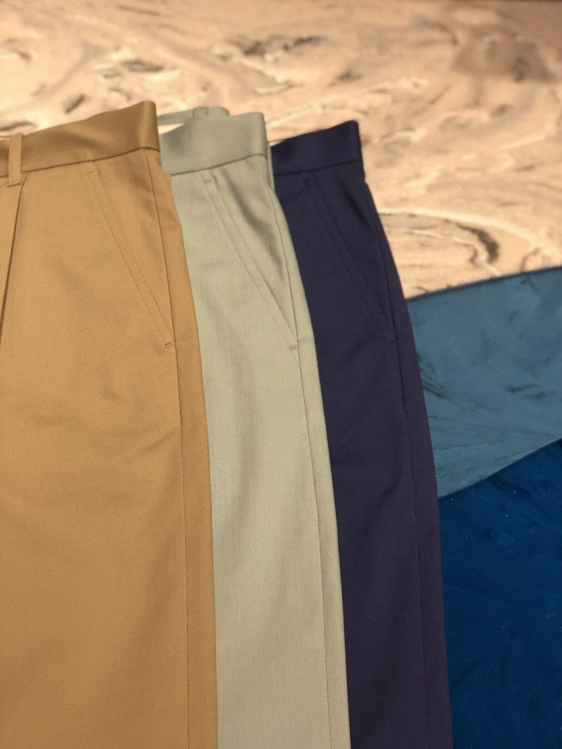 pants(JOURNALSTANDARD)¥15,120 サイズ:36,38,40 カラー:ベージュ、ネイビー、グリーン 品番:18030400910010